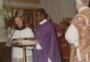 don Zaccaria Nabile, con don Mario Cecchini (a sinistra) e don Secondo Pierpaoli in occasione della sua prima visita a Senigallia - 1978